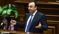 ՀՀԿ-ում ոչ միայն բնազդաբար քվեարկում են, այլև ծափահարում. Թովմասյանի հեռանալու առիթով «բոլորը ուրախ էին». «Հրապարակ»