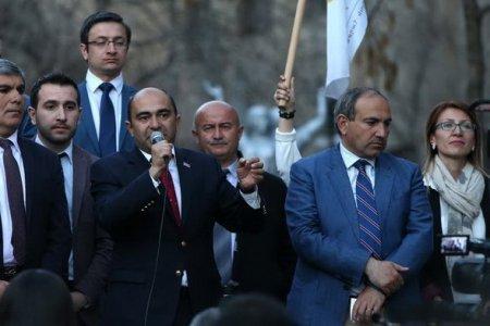 Կոնսենսուս չկա. Քաղաքական ուժերը միմյանց դե՞մ են պայքարում, թե՞ Սերժ Սարգսյանի. «Ժամանակ»