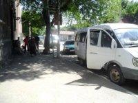 Արտակարգ դեպք Երևանում. միկրովատոբուսը կանգառից դուրս կայանելու շուրջ վիճաբանությունն ավարտվել է դանակահարությամբ