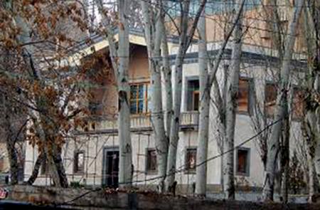 Սերժ Սարգսյանը, Բակո Սահակյանը, Արմեն Սարգսյանը և կաթողիկոսը քիչ անց կհանդիպեն նախագահական նստավայրում