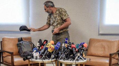 ՈՒՂԻՂ ՄԻԱՑՈՒՄ. լրագրողները սպասում են  Նիկոլ Փաշինյանին ու Կարեն Կարապետյանին․ ՏԵՍԱՆՅՈՒԹ