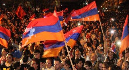 Արցախի ցույցերն անհանգստացնում են ադրբեջանցիներին.Ադրբեջանը Արցախի հարցում շատ զուսպ և կարճ տեղեկություններ է տալիս