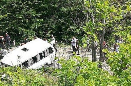 Էքսկուրսիոն ավտոբուսի ձորակն ընկնելու հետևանքով 4 մարդ է զոհվել