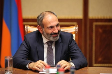 Ղրղզստանի նախագահը որոշել է հետևել Փաշինյանի օրինակին և ապօրինի գումարները պետբյուջե վերադարձնել