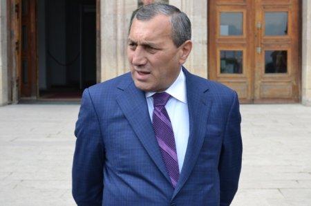 Բագրատաշենի անցակետում Սուրիկ Խաչատրյանի ընտանիքը մեկնել է, իսկ նա վերադարձել է Երևան.հիմանվոր պատճառներ կան