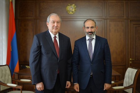 «Փաստ».Արմեն Սարգսյանը հրաժե՞շտ կտա պաշտոնին.Փաշինյա՞նն է այդպես ուզում