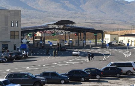 Ինչպե՞ս հատել Վրաստանի սահմանը ուրիշի ավտոմեքենայով