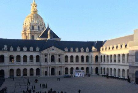 Ֆրանսիան ազգային հարգանքի տուրք է մատուցում Ազնավուրին. ՈՒՂԻՂ