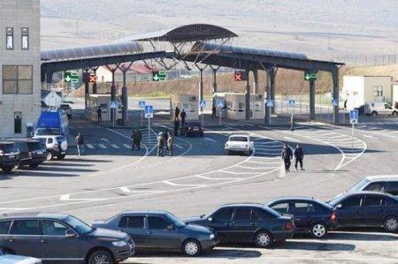 «Ժողովուրդ». ՀՀԿ-ն քաղաքացիների թիկունքում դավեր է նյութել.  հայկական մեքենաները «գերի են» մնացել սահմանին