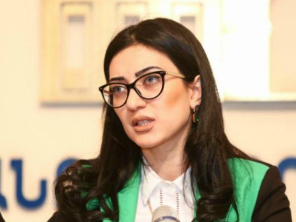 Արփինե Հովհաննիսյանն ազատվեց Արդարադատության նախարարի պաշտոնից