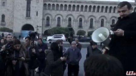 Ռոբերտ Քոչարյանի աջակիցների հավաքը. Տեսանյութ