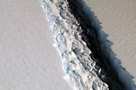 Սառցաբեկոր մի քաղաքի չափով. ինչ վտանգ է պարունակում ճեղքվածքն Անտարկտիդայի սառցադաշտում