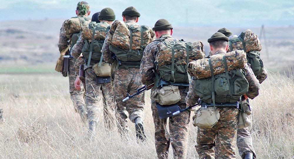 Տեսանյութ.Ադրբեջանցի զինվորները Սոթքի անցակետի մոտ «Ալլահ աքբար» են գոռում՝ դիմելով հայ զինծառայողներին